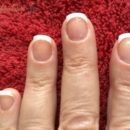 GROW STRONG NAILS BY DOING IT YOURSELF!